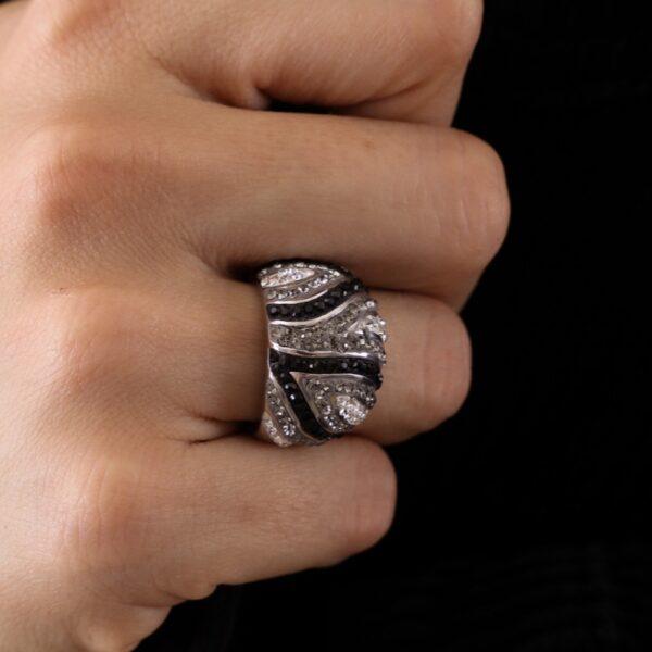 anillo_plata de ley_circonitas_geometrico_negro_plateado_seyart_2