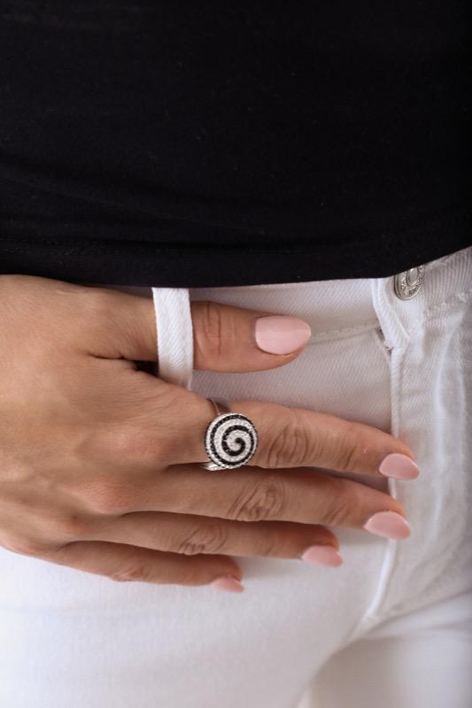 anillo_plata de ley_circonitas_negro_plateado_espiral_seyart_4