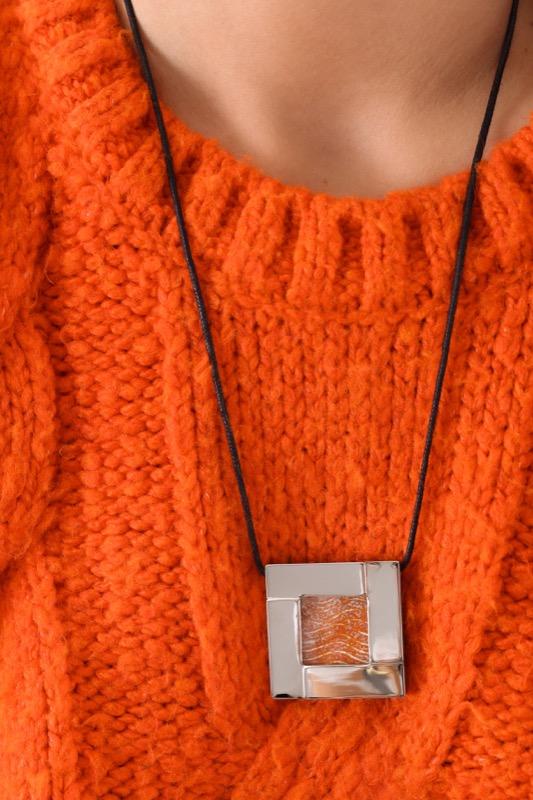 collar_acero_cristal_cuadrado_naranja_seyart_4