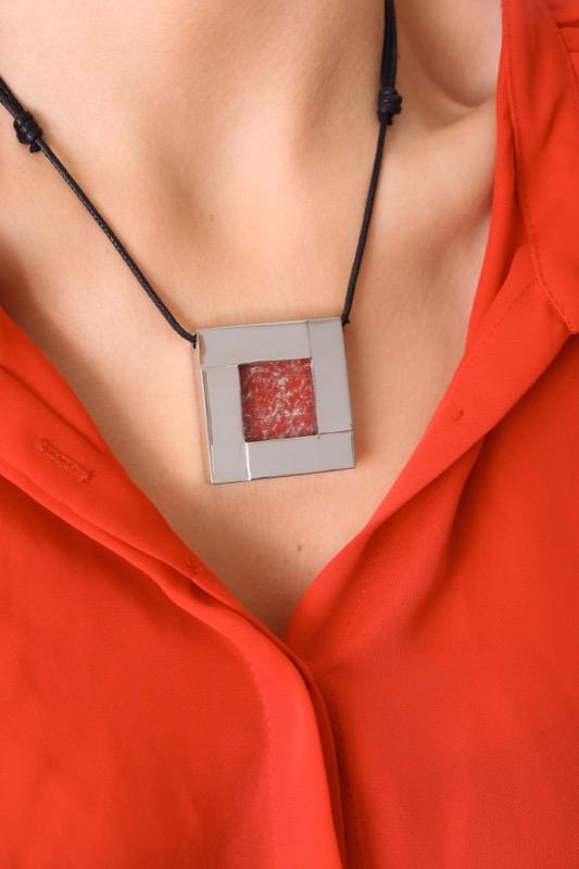 collar_acero_cristal_cuadrado_rojo_seyart_5