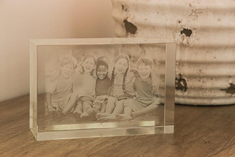 cristal_grabado_laser_rectangular_regalo_personalizado_foto_2D_3D_jubilacion_aniversario_seyart_5
