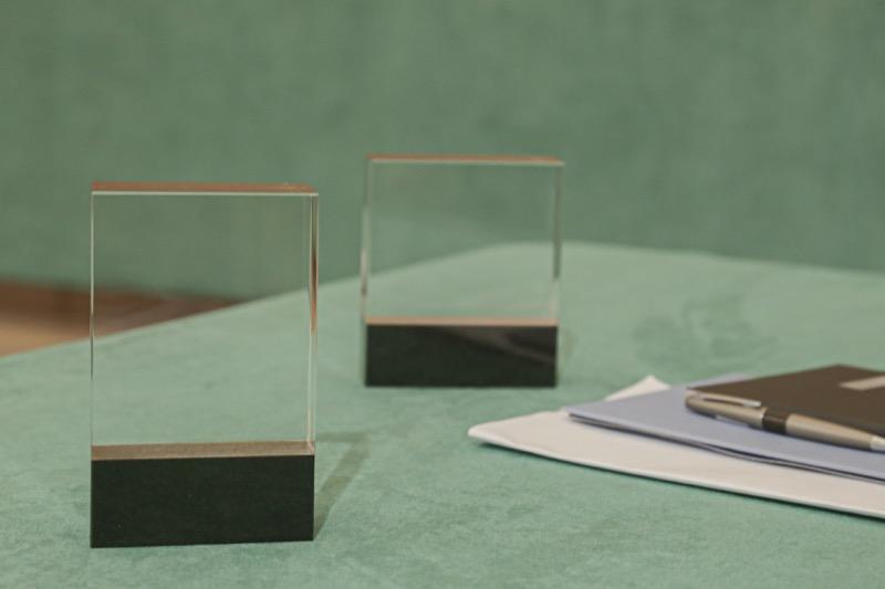 cristal_granito_regalo_empresa_obsequio_personalizado_foto_2D_3D_premium_seyart_5