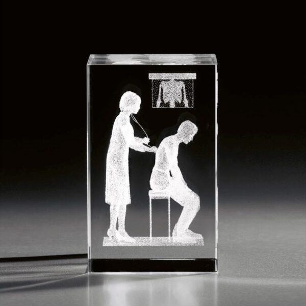 cristal_prisma_regalo_personalizado_grabado laser_naturaleza_doctora_seyart