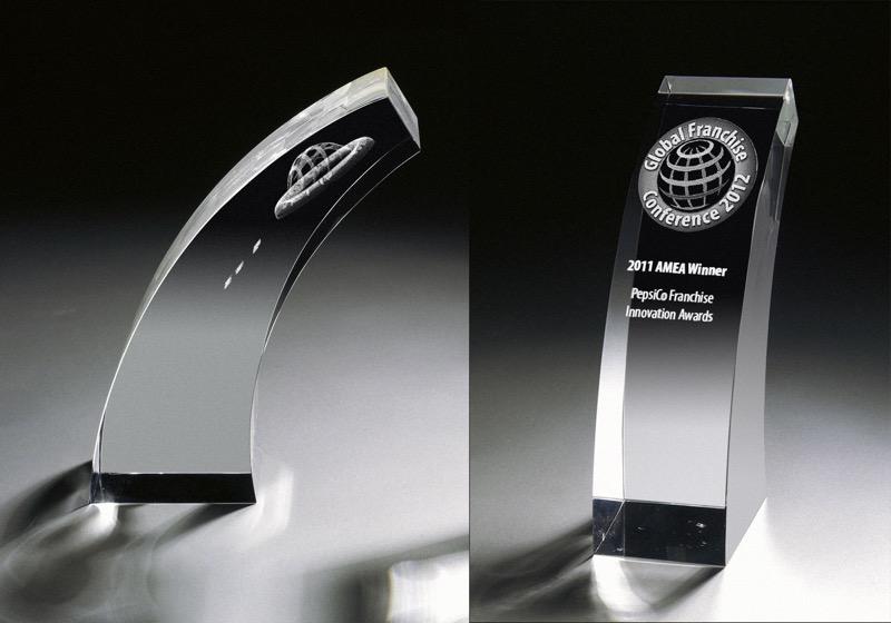 cristal_trofeo_conmemorativo_forma_regalo_personalizado_foto_2D_3D_premium_seyart_5