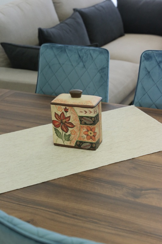 jarron_decorativo_ceramica_beige_marron_flores_cuadrado_japones_seyart_4