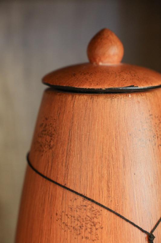jarron_decorativo_ceramica_madera_marron_naranja_africano_grande_seyart_6